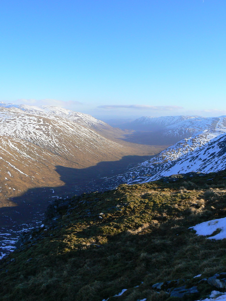 Looking east down Gleann Gniomhaidh towards Glen Affric