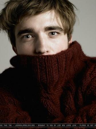 Robert Pattinson by unicorn.humper.