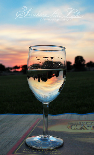 sunsetpicnicwineglass_2