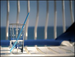 Relax (inmacor) Tags: blue sea summer espaa beach water glass colors relax spring spain agua searchthebest castelln benicasim uro ltytr2 ltytr1 ltytr3 diamondclassphotographer platinumheartaward inmacor lamanoamiga