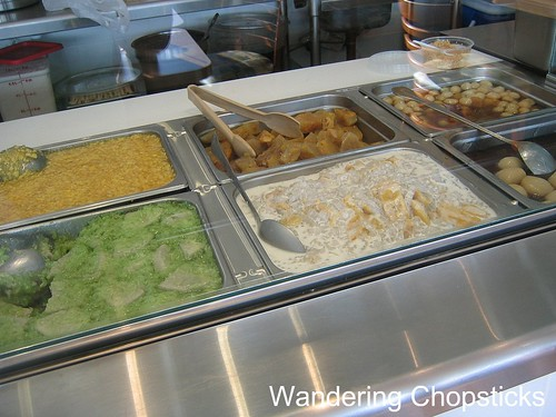 Banh Mi & Che Cali Restaurant 6