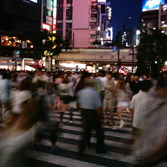 【写真】ミニデジで撮影した渋谷駅前交差点