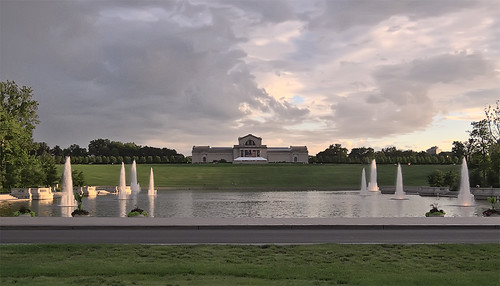 Forest Park, in Saint Louis, Missouri, USA - Art Hill at sunset