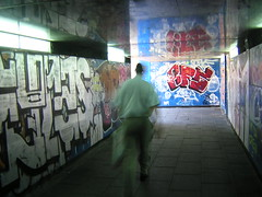 BFS (al foto) Tags: madrid spain metro hombre spagna prisa espaa