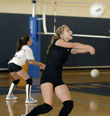 0828_BRI_A_bevball_3005 (newspaper_guy Mike Orazzi) Tags: sports volleyball indoorsports sb800 70200mmf28gvr sb26 behs girlssports strobist bristoleasternhighschool cybersync