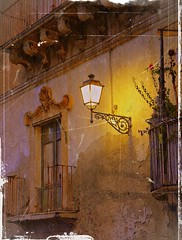 the light is heat...... (Ev@ ;-)) Tags: explore sicily oldcity siracusa ortigia thelight artisticexpression betterthangood shiningstar photographersgonewild