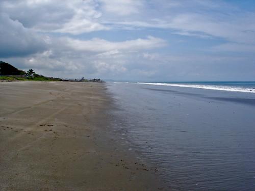 Ecuador-Broad-Beach-
