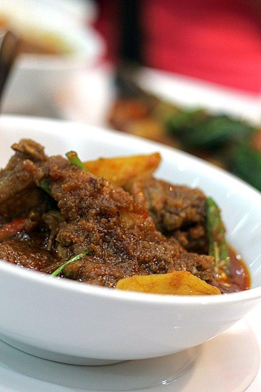 Chicken Padamyar