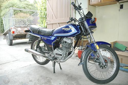 Motorbike - GL145