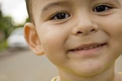 sorisso (Jayme Diogo) Tags: olhar nikon sorriso criança jayme pequeno d40 diooh