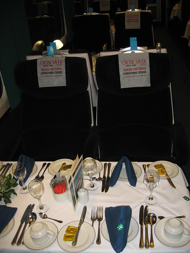 Train Chartering - Fine dining on the Cruise Saver Travel Express