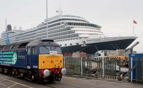 Train Chartering - Cruise Saver Travel Express beside Cunard's Queen Victoria