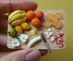 Miniature Food Fruit Prep'Board  #2 (PetitPlat - Stephanie Kilgast) Tags: fruit handmade polymerclay minifood 112 dollhouse miniaturefood miniaturen oneinchscale petitplat cdhm preparationboard stephaniekilgast