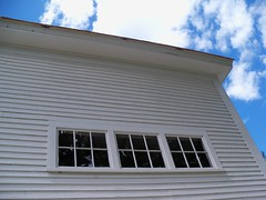 Windows to the Sky (KAM918) Tags: window barn frost newhampshire nh poet robertfrost derry barnwindow derrynh robertfrostfarmhouse