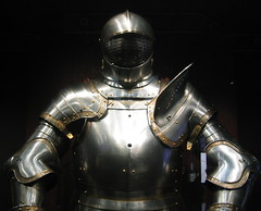 Henry VIII Armour (Ryan Hadley) Tags: uk england london castle europe unitedkingdom worldheritagesite knight armour henryviii toweroflondon whitetower