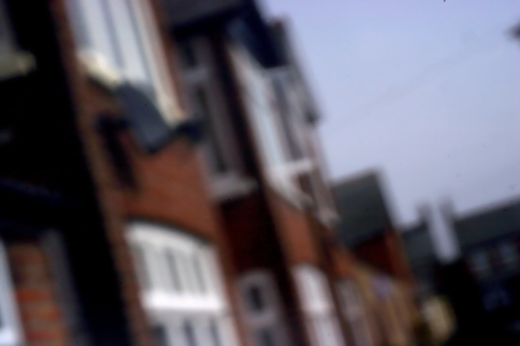 Pinhole of Hendred St.