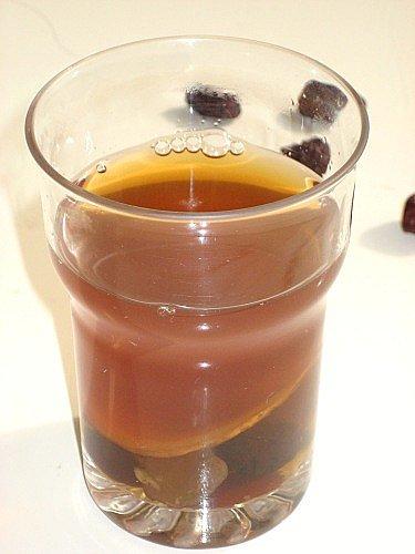 trà gừng táo đỏ