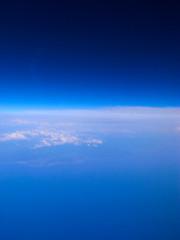 20080620 From the sky 2 (鳥海山が見えた) (BONGURI) Tags: sky cloud airplane 雲 grdigital 空 mcdonnelldouglas 飛行機 鳥海山 md90 マクドネル・ダグラス