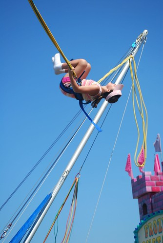 Linnae on the bungee jump