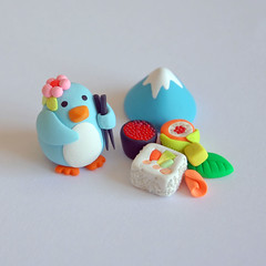 Pingie in Japan ({JooJoo}) Tags: blue food mountain japan sushi toys penguin miniature painted arctic polymerclay etsy dollhouse southpole joojoo vasabi