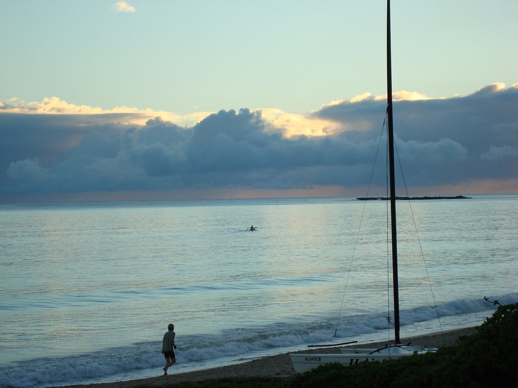 kailua beach sunrise paddler