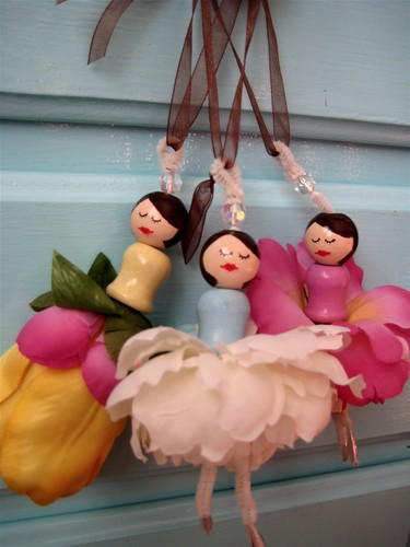 Dancing Dollies
