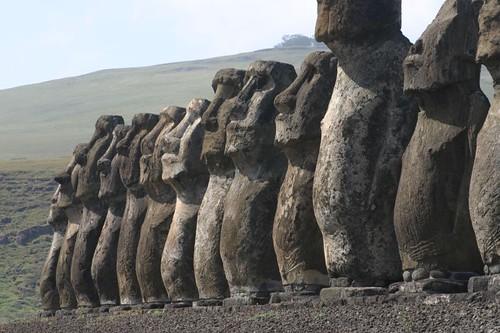 Tongariki, Rapa Nui. August 2008.