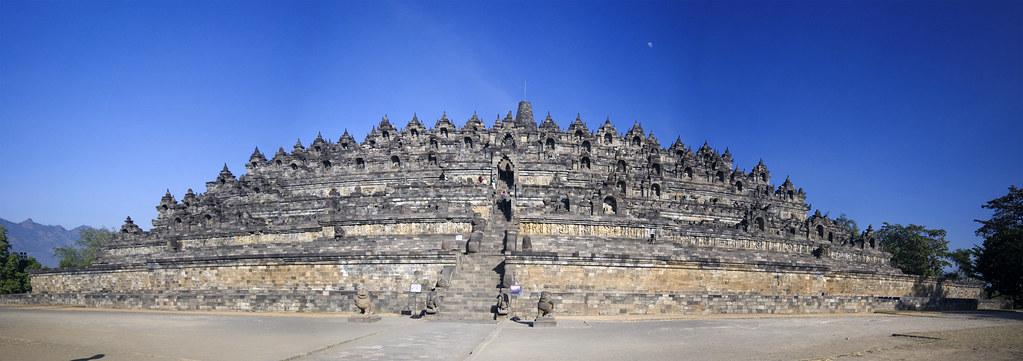 婆羅浮屠全景