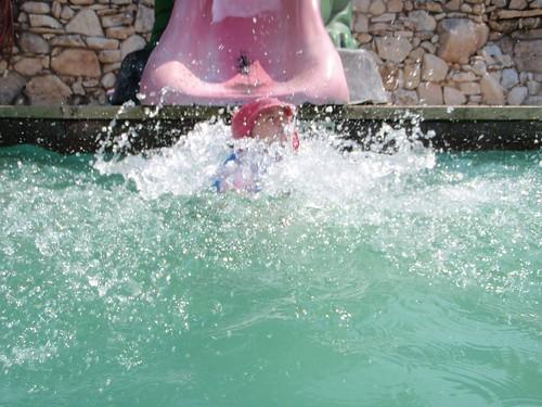 Volente - Cassie Splashes Down