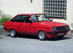 Ford Escort RS2000 ... (bayernernst) Tags: auto old cars ford car bayern deutschland alt oldtimer autos juli oldcar 2008 oldcars escort rs2000 fordescort youngtimer bayerischerwald hauzenberg oldtimertreffen fordescortrs2000 05072008 flickrblick umavabayerischerwald oldtimertreffenhauzenberg oldtimertreffenhauzenberg2008 sn200506