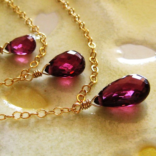 Ea 'ula - Triple strand rhodolite garnet briolette, gold filled and vermeil necklace