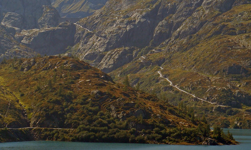 Road linking Lac d'Emosson and Lac Vieux d'Emosson