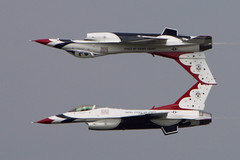 Thunderbird Calypso Pass (Cygnus~X1 - Visions by Sorenson) Tags: blue red summer white airplane illinois action aircraft jet professional demonstration explore f16 falcon precision thunderbirds inverted 2008 usaf thunderbird calypso generaldynamics scottairforcebase scottairshow craigsorenson