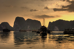 Halong Bay - Dawn (trickyd3) Tags: grouptripod