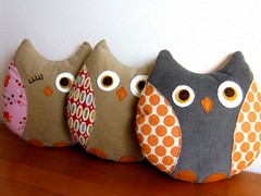 Owl friends (Retro_Mama) Tags: orange pez wool gray felt plush explore polkadots softie owl trio patchwork corduroy amybutler denyseschmidt fleamarketfancy americanjane