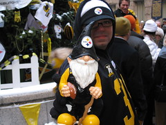 Steeler fan and the gnome