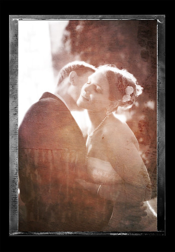 Chicago Wedding - The Kiss Distressed