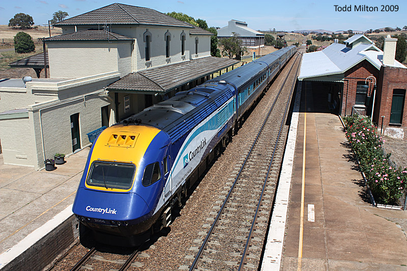Trains on the Main South and Canberra Line