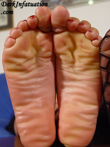 soles Dark infatuation