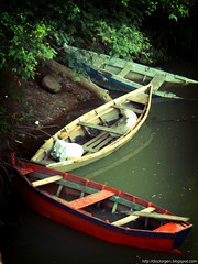 BoteZ (DrGEN) Tags: santafe argentina rio river boats botes boat blog yo rosario entre gen mundo rios ceres colon veo blueribbonwinner goldmedalwinner drgen goldstaraward