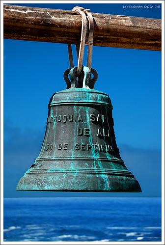 Isla Negra: Neruda's house Bell.. I'm baaaaaack!!! by B'Rob.