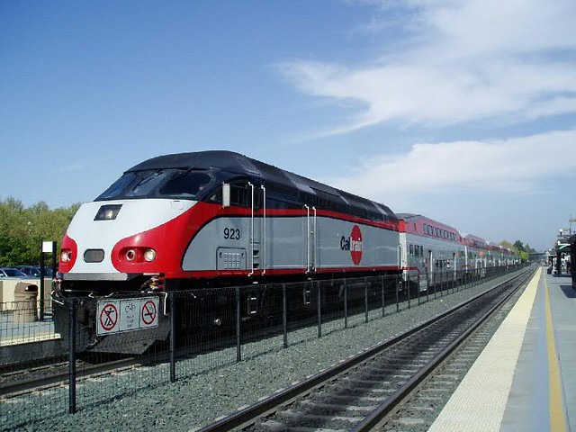 Caltrain new Bombardier DL and coaches