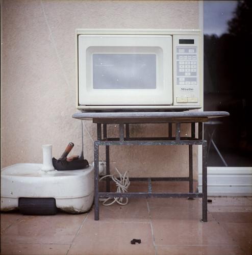 Dead Microwave