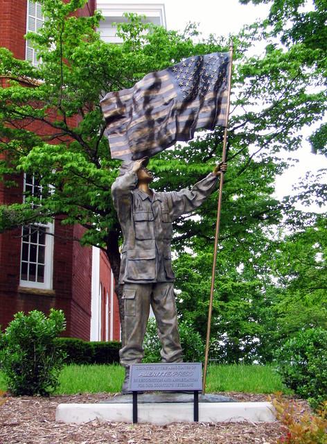 Veteran's Statue - Cookeville