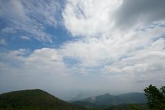 山頂からの半分展望