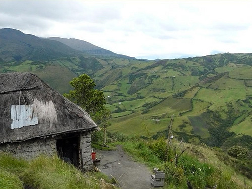 Ecuador-acreage-views