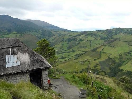 Ecuador-acreage-views