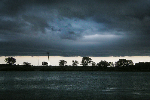 Storm Front Moving Across Madison Isthmus: John Nolen Dr.