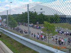 Fans lining up to get into Patriots Training Camp