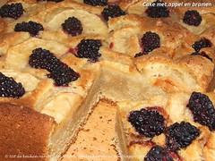 Cake met appel en bramen